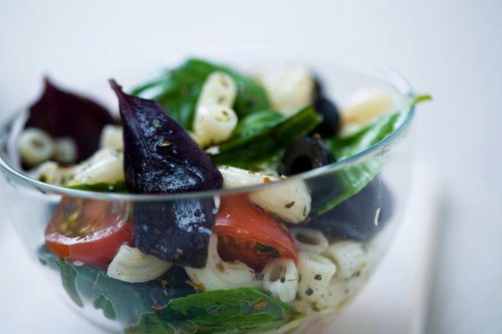 Холодный салат с пастой