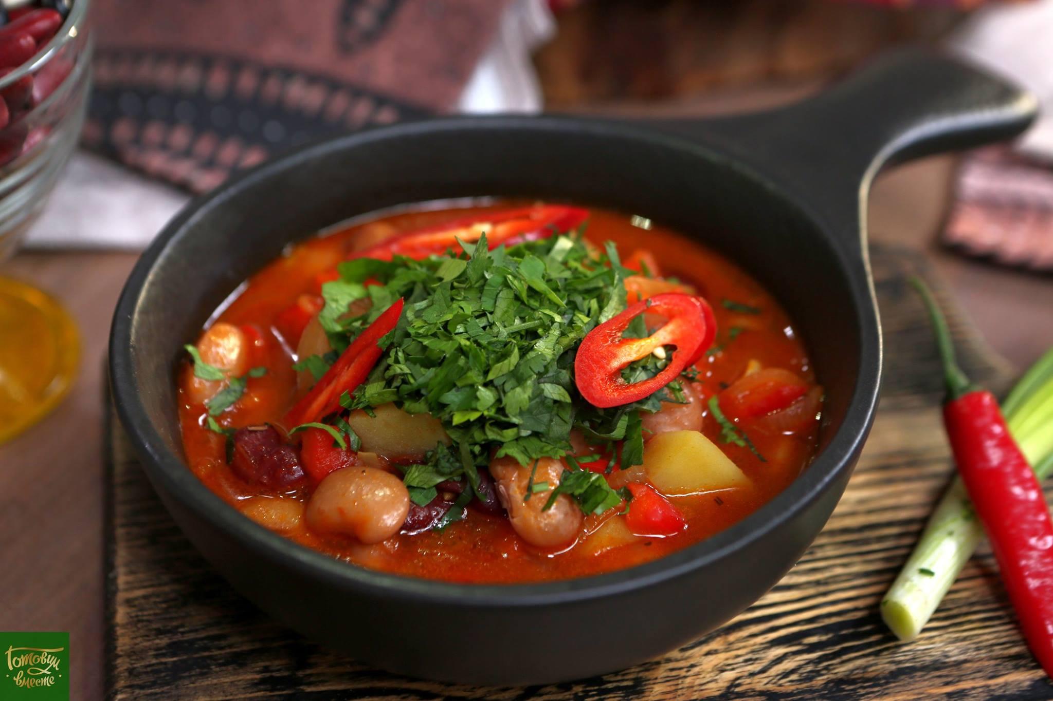 Фасолевый чили суп