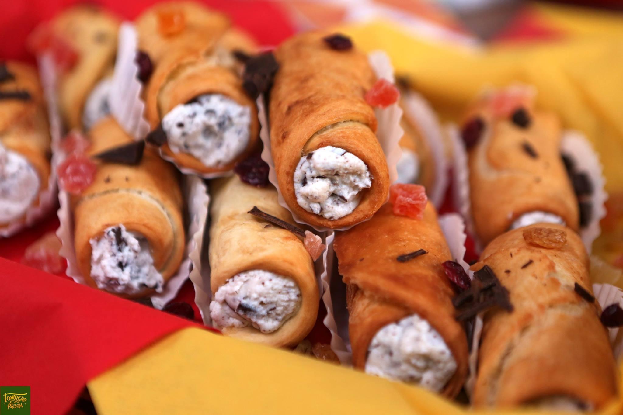 Сицилийские канноли с рикоттой