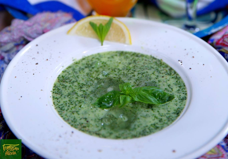 Холодный огуречно-имбирный суп