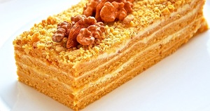 Торт Поль Робсон c мёдом