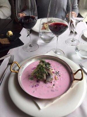Горячий суп-винегрет с сельдью и горошком