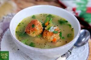 Куриный суп с жаренными фрикадельками