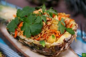 Рис с овощами по-тайски