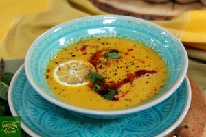 Турецкий суп из чечевицы с мятой