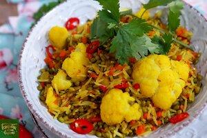 Кичри - тушеный рис с машем и овощами