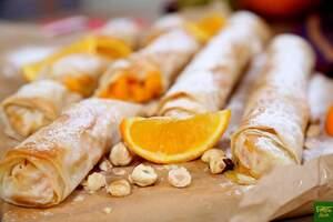 Штрудель с запеченной тыквой, орехами и апельсином
