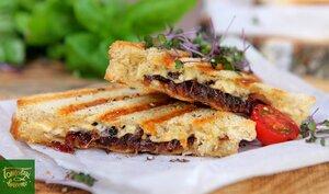Французский луковый сэндвич