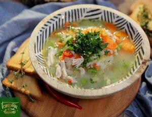 Лимонно-чесночный суп c курицей и рисом