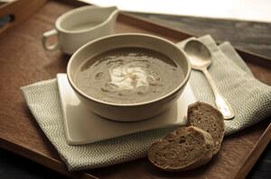 Суп долгой варки из стеблей и корней сельдерея