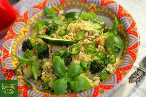 Птитим с зелеными овощами