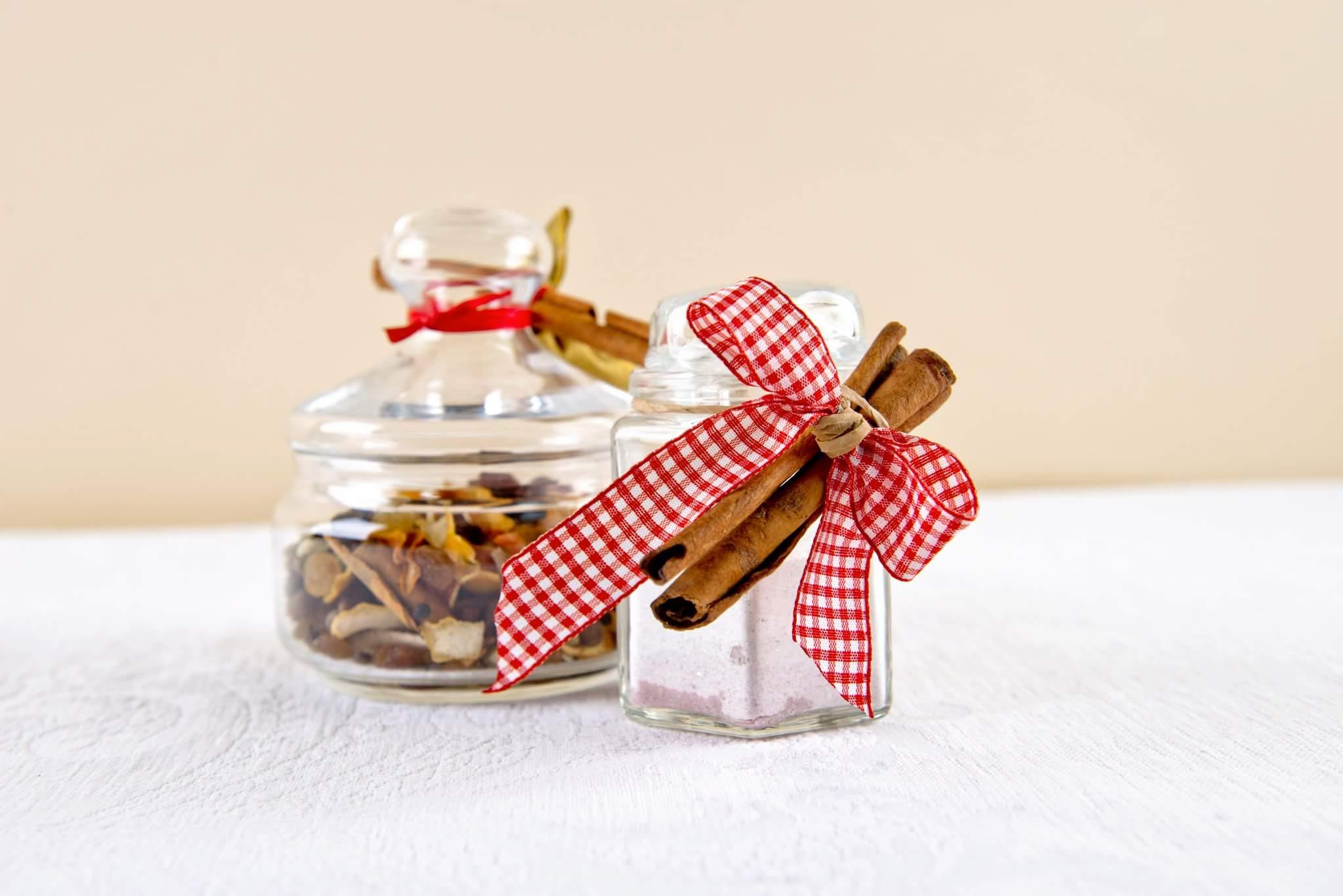 Набор для глинтвейна и сахарная пудра в подарок