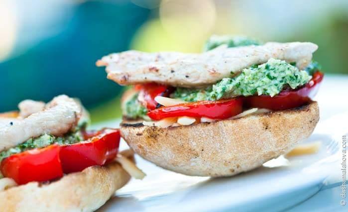 Сэндвичи с песто из грецких орехов