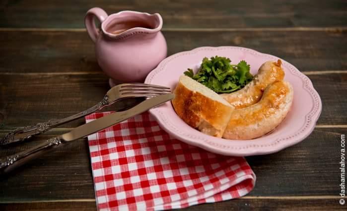 Рецепт Соус ткемали с куриными колбасками