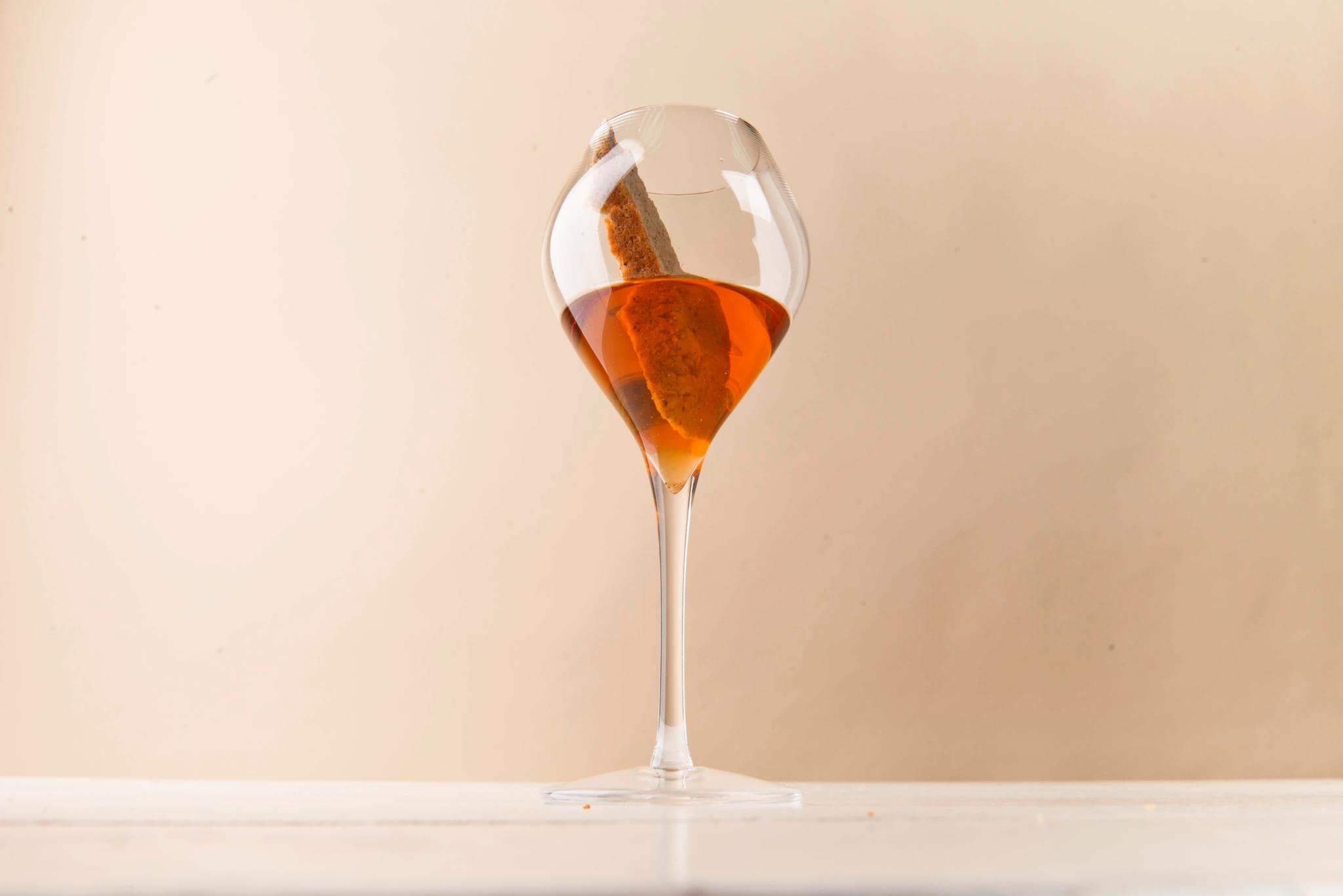 Итальянские бискотти и крымское десертное вино