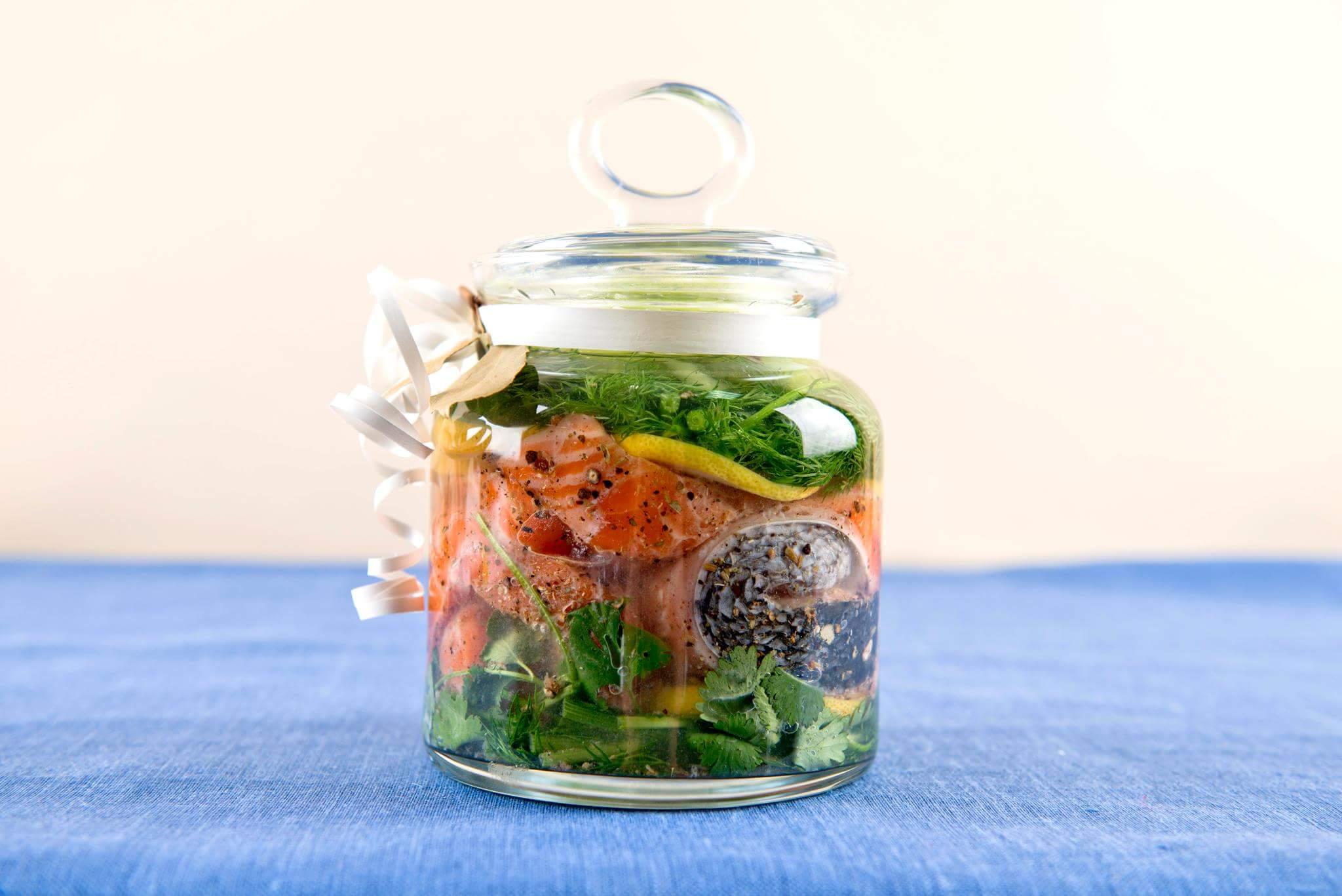 Рецепт Семга, маринованная в водке