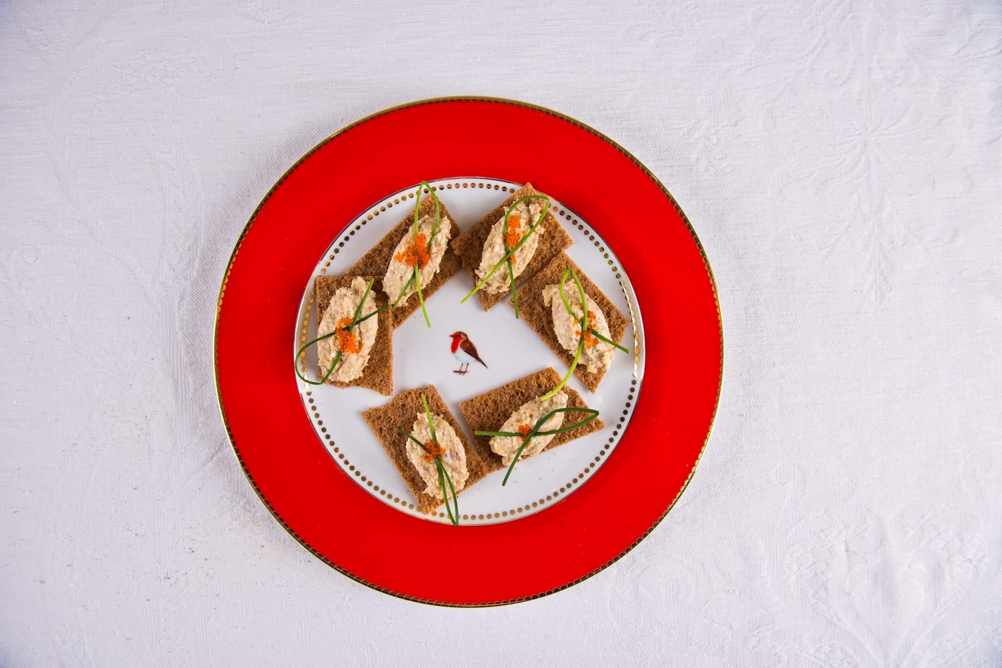 Рецепт Мусс из сельди с икрой летучей рыбы