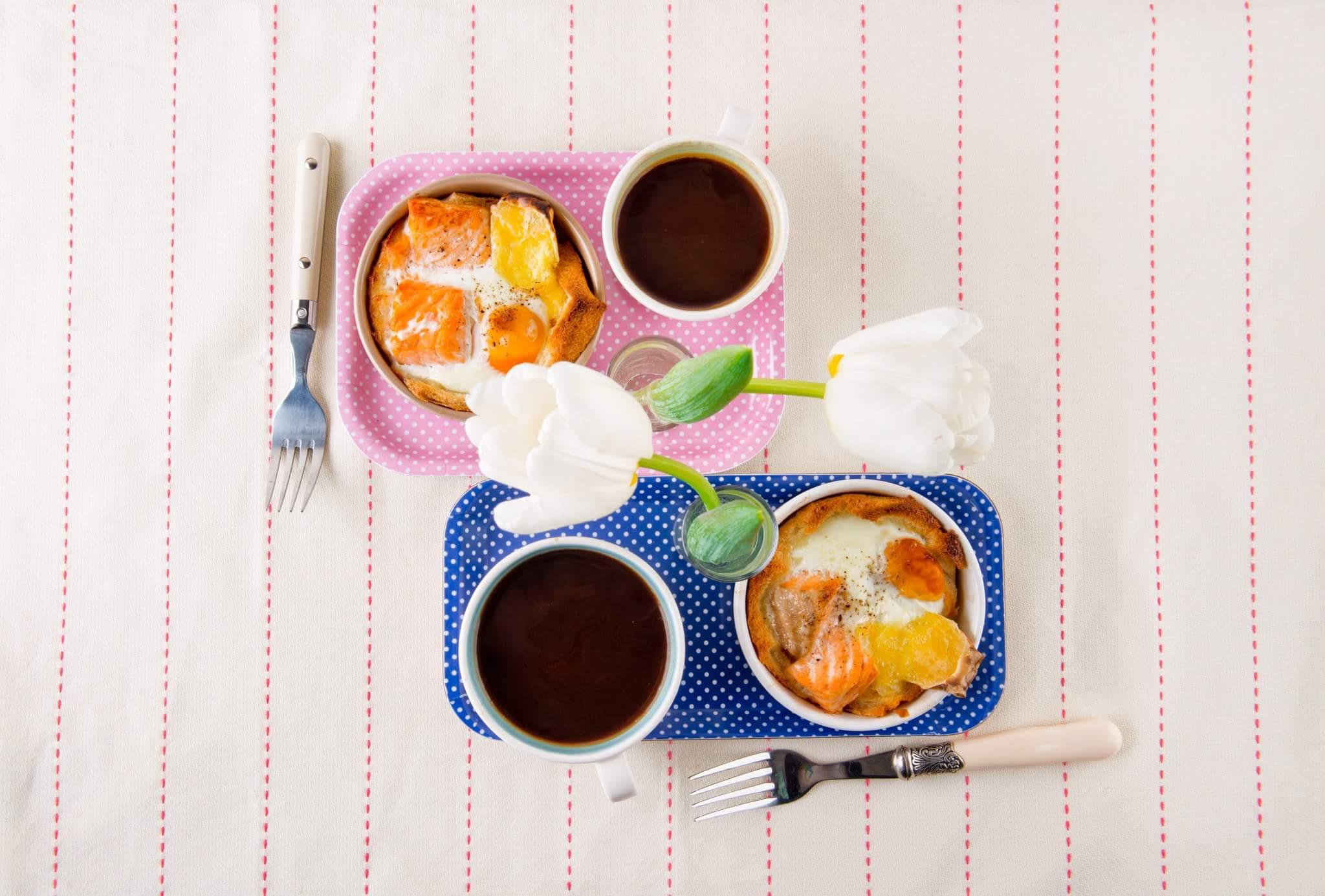 Семга с сыром Бри и яйцом