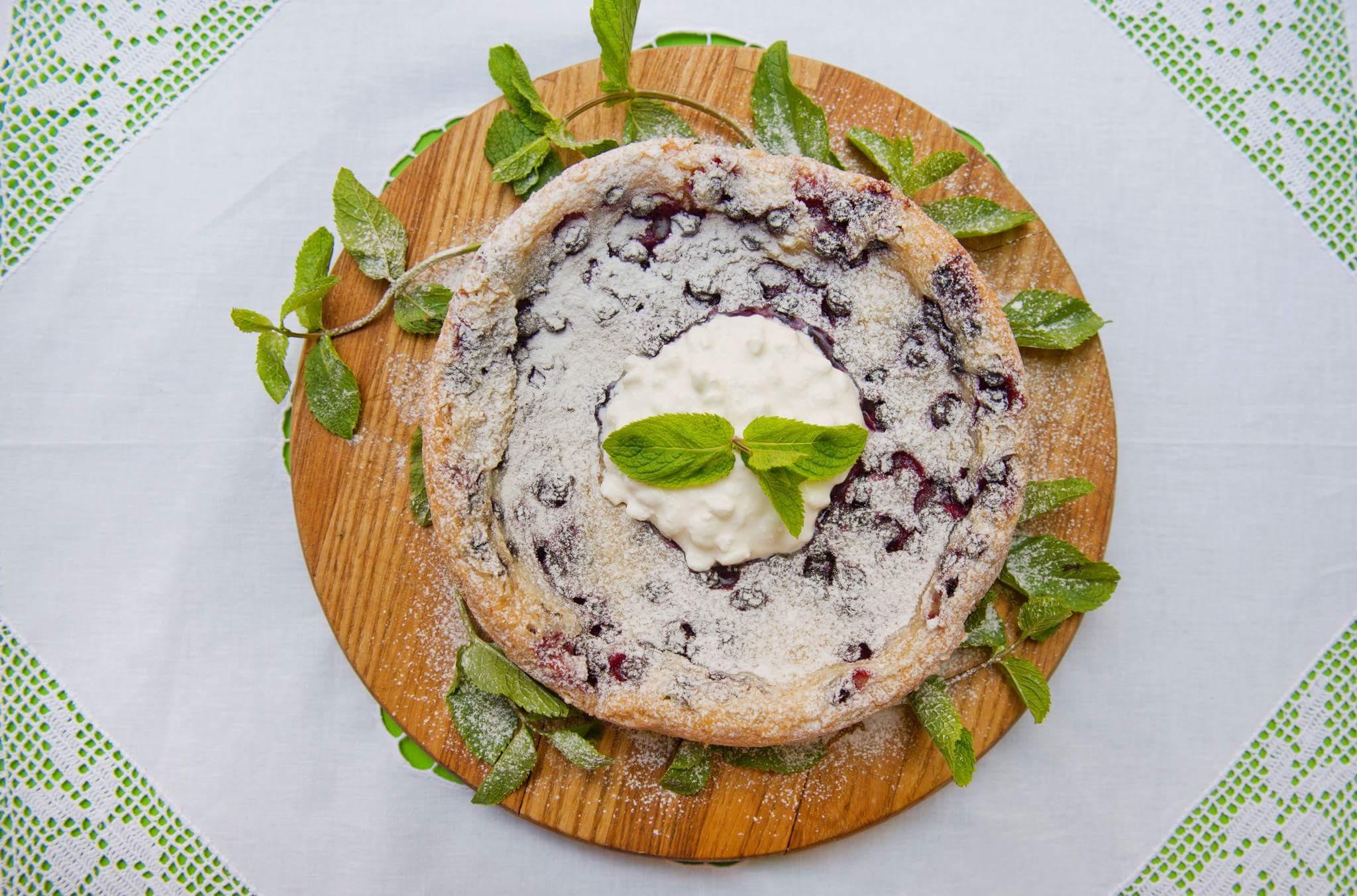 Рецепт Швабский пирог с черной смородиной