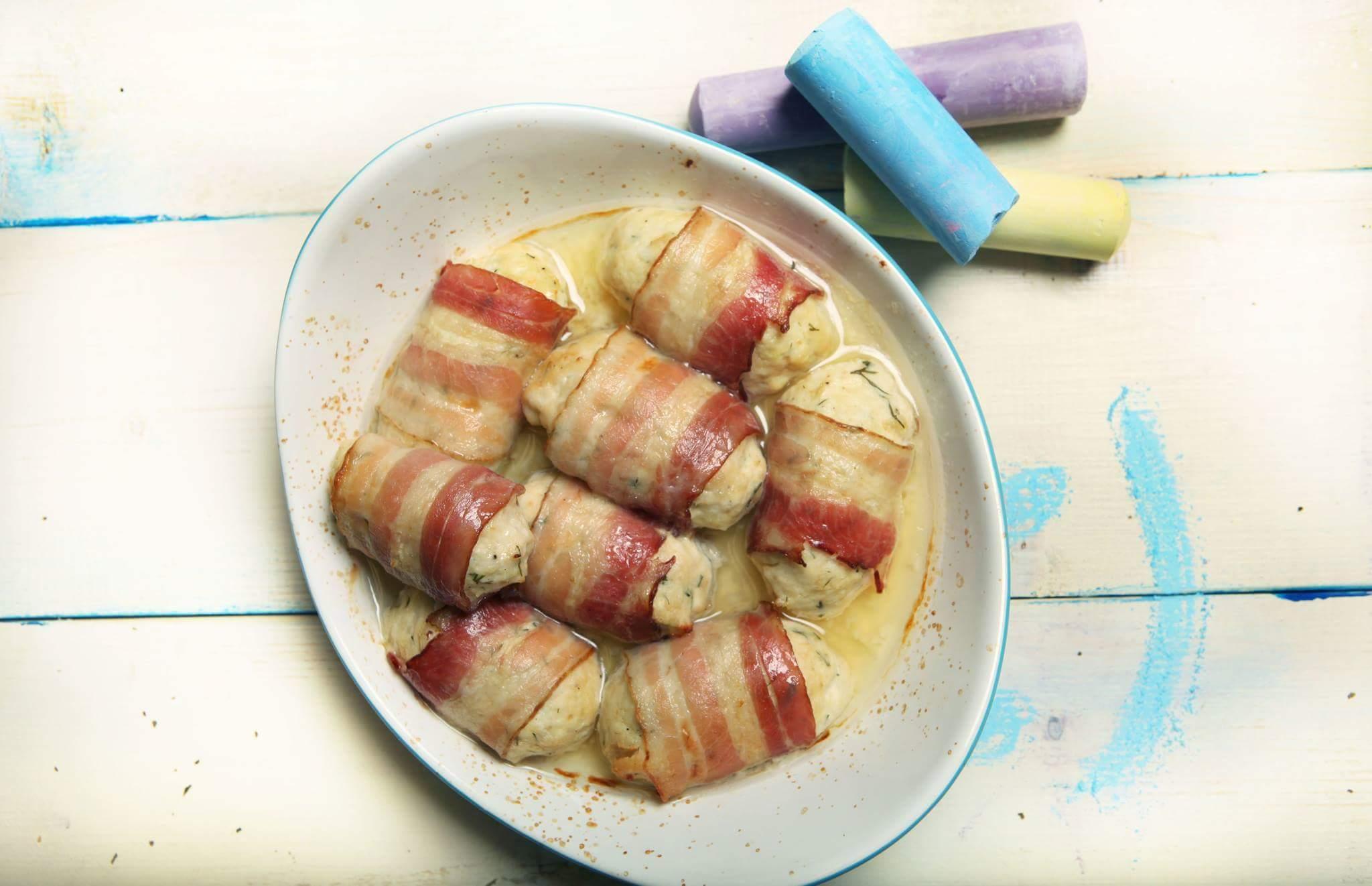 Рецепт Детские куриные котлетки с беконом и творогом