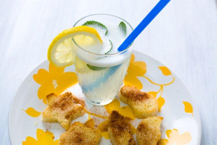 Печенье из батона и лимонад